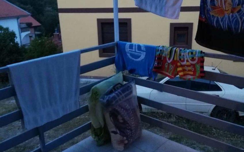 Cheap house in Herceg Novi with sea view