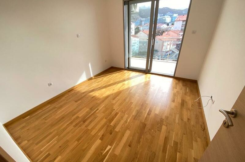 Apartment in a new building in Becici, 250 meters from the sea